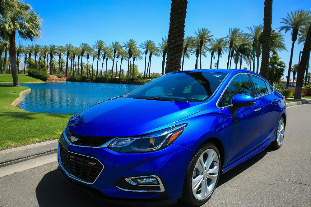 2016 Chevrolet Cruze Overview - The News Wheel