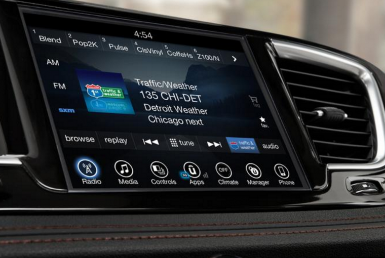 2017 Chrysler Pacifica Uconnect Touchscreen