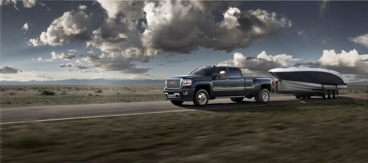A new gooseneck hitch and trailering cameras will now be offered for GMC Sierra pickups