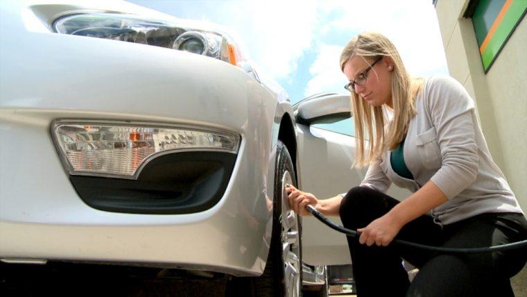 Nissan Easy-Fill Tire Alert