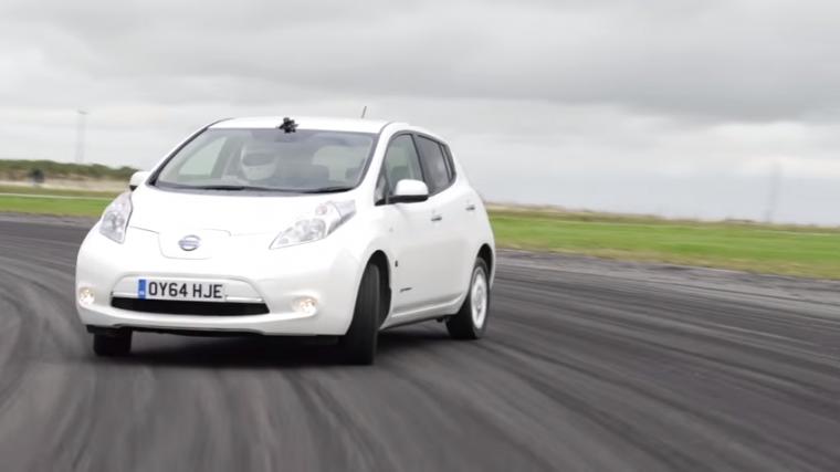 Drifting Nissan LEAF