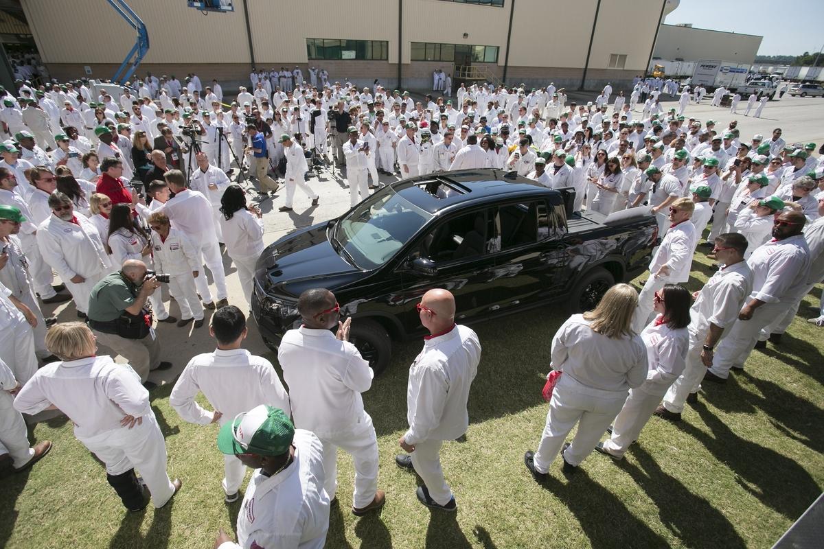 Honda Alabama Plant Begins Production of 2017 Ridgeline - The News Wheel
