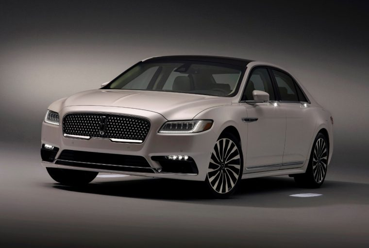 2017 Lincoln Continental with Approach Detection technology