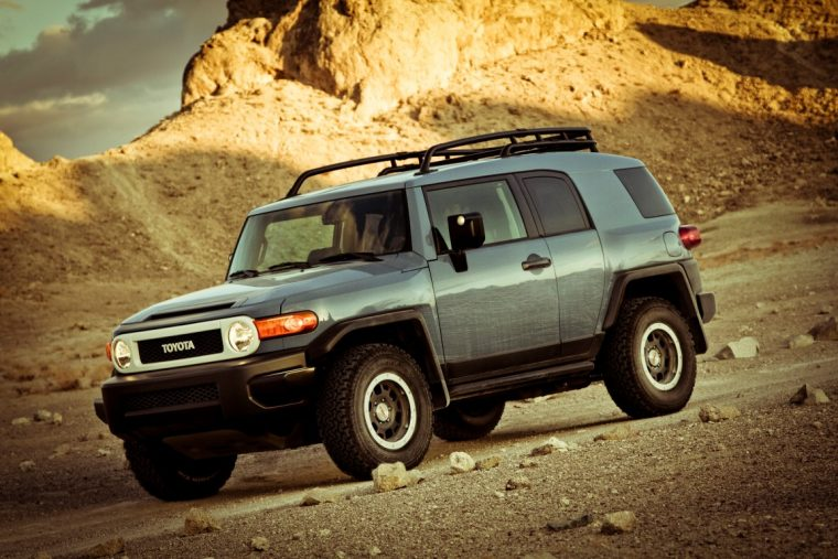 toyota fj cruiser production discontinued
