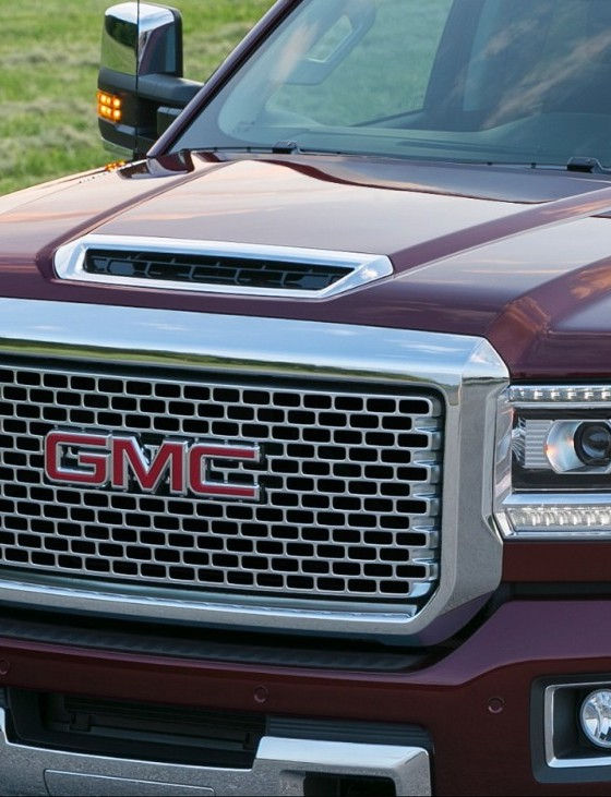 gmc vehicles boast lowest cost of ownership in uae the news wheel. Black Bedroom Furniture Sets. Home Design Ideas