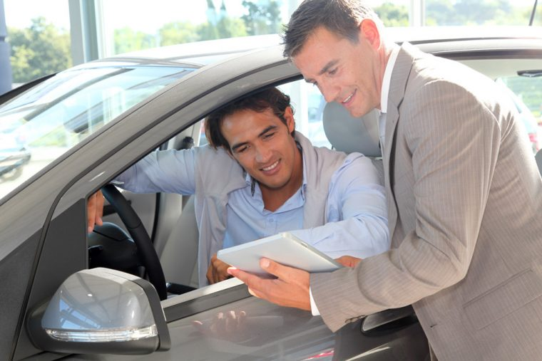 car sales people shopper buyer