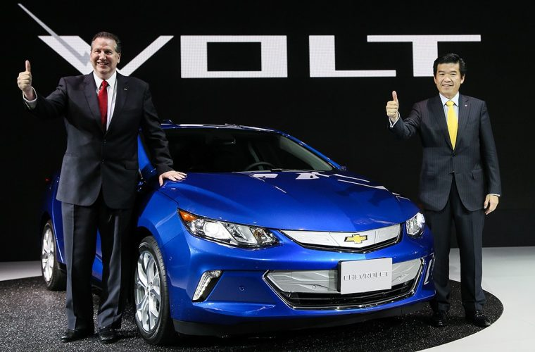 2017 Chevrolet Volt debuts at Busan International Motor Show