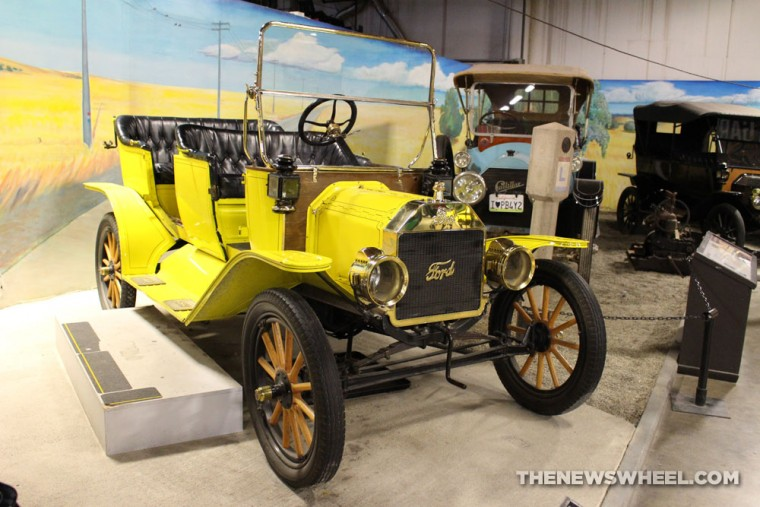 California Automobile Museum - 1913 Ford Model T Touring