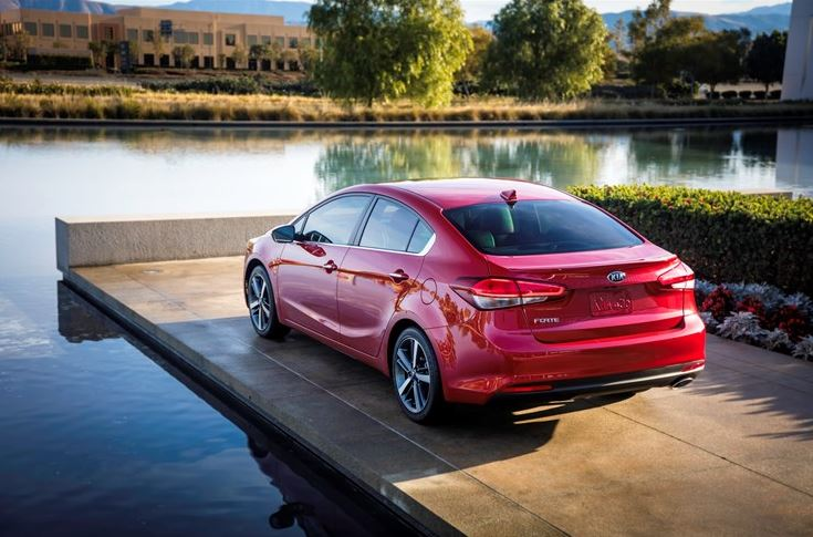 2017 kia forte refresh brings new engine technology to lineup the news wheel. Black Bedroom Furniture Sets. Home Design Ideas
