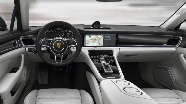 The 2017 Porsche Panamera will come with the New Porsche Communication Management (PCM)