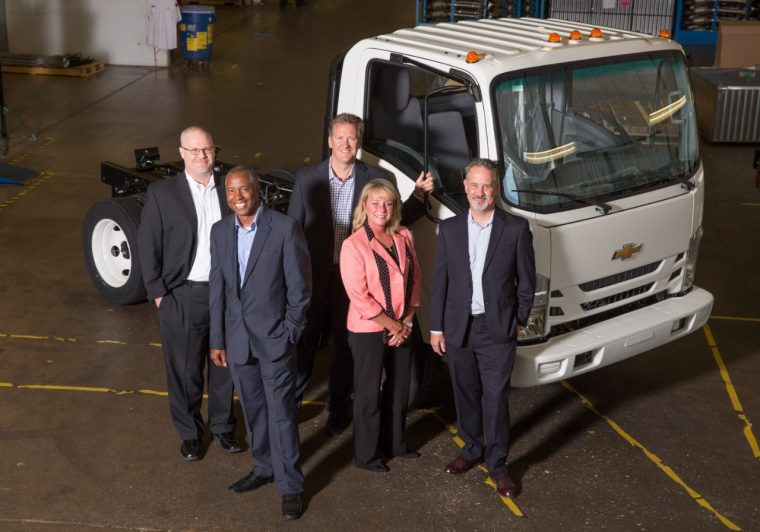 New Chevrolet Low Cab Forward trucks begin shipping to Chevy dealers