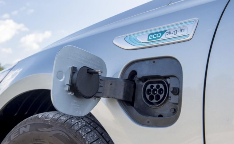 2017 Kia Optima PHEV Plug