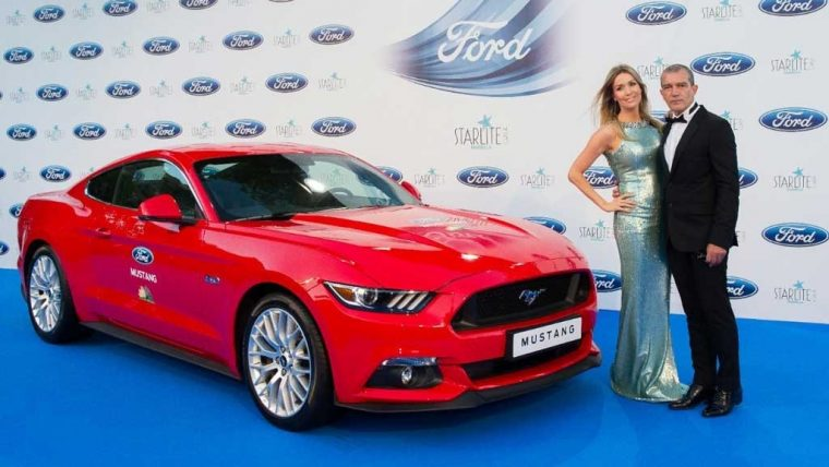 Antonio Banderas and the new Ford Mustang at the 7th Starlite Gala