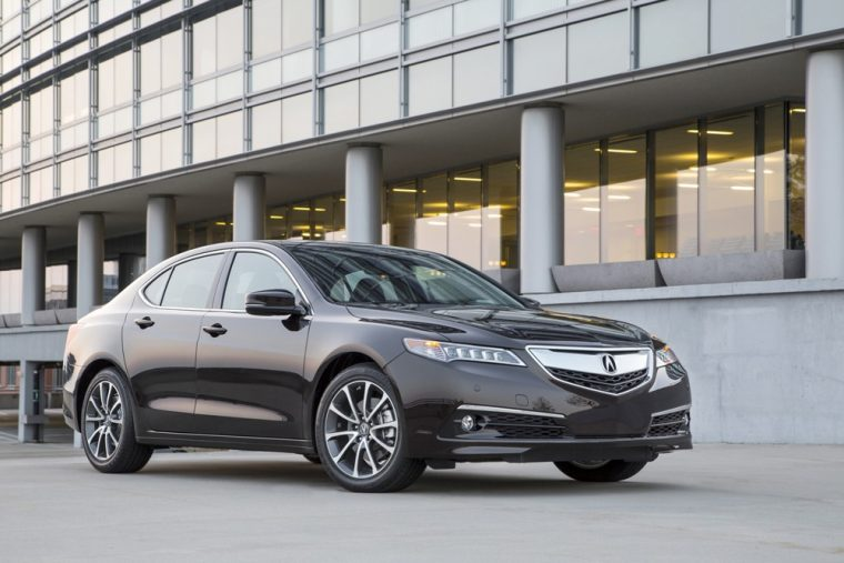 The 2017 Acura TLX provides an intriguing option into the luxury sedan market with a starting MSRP of $31,900