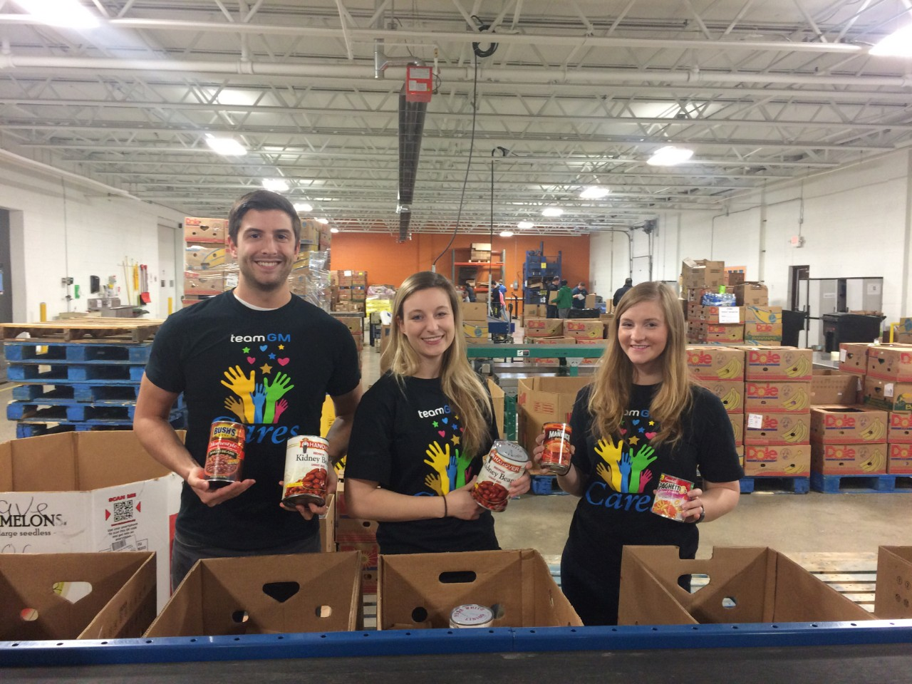 General Motors Gives Back With Teamgm Cares Week The