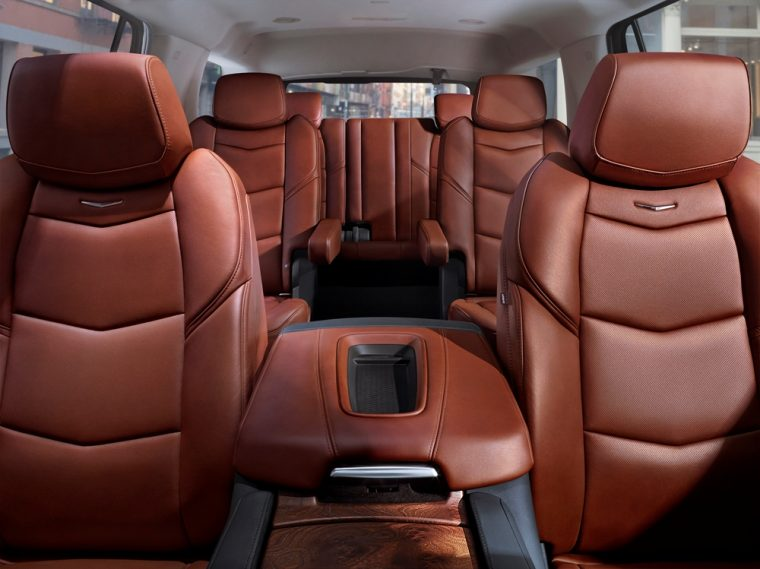 2017 cadillac escalade overview the news wheel. Black Bedroom Furniture Sets. Home Design Ideas
