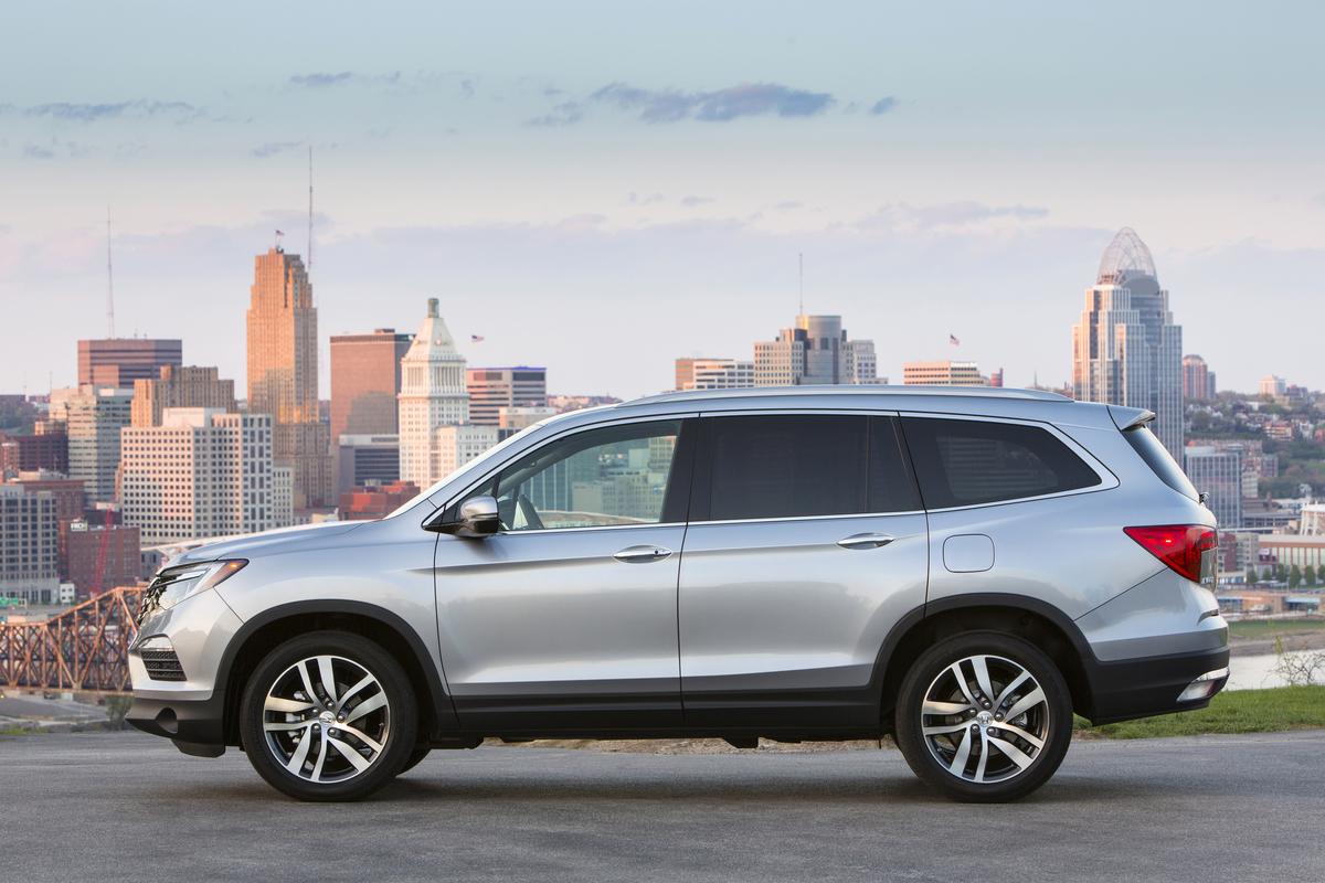 Photos] 2017 Honda Pilot Pricing Starts at $30,595 | The News Wheel