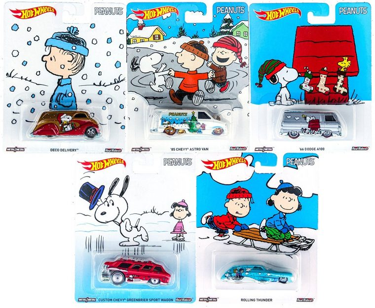 Charlie Brown Christmas Hot Wheels Cars Snoopy Toy Pop Culture Die Cast Set