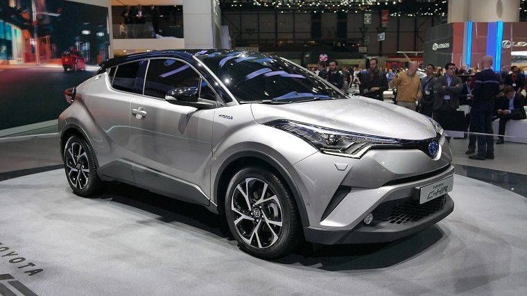 Toyota Turns Heads In LA With Sporty CHR Crossover The News Wheel - Sporty auto
