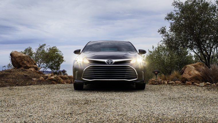 2017 Toyota Avalon Exterior