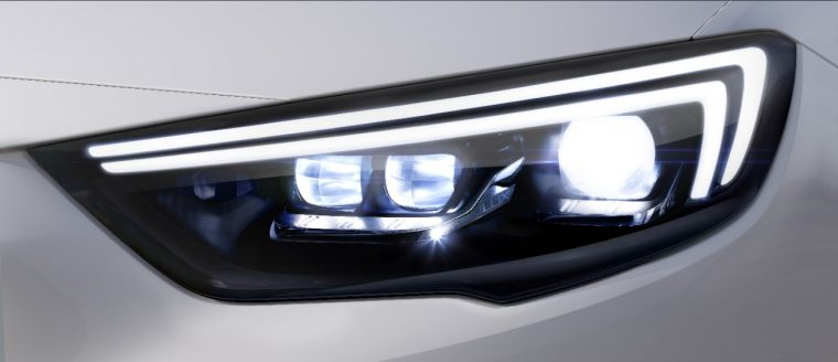 The new Opel Insignia Grand Sport IntelliLux LED