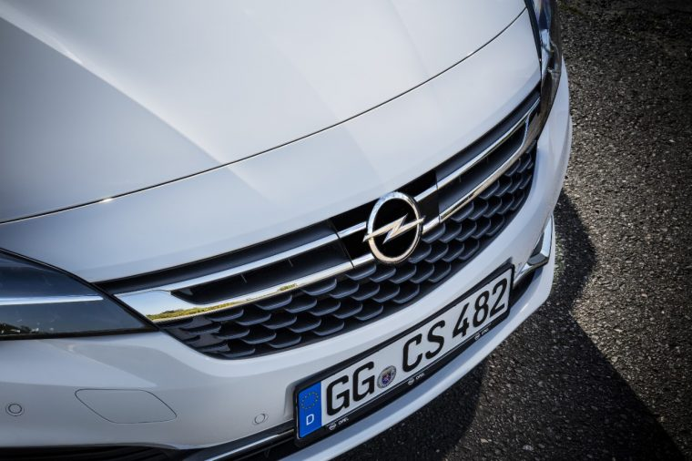 Opel Astra front camera adaptive cruise control