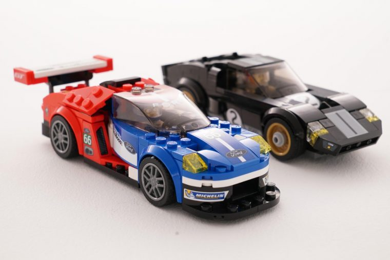 2016 Ford GT and 1966 Ford GT40 LEGO
