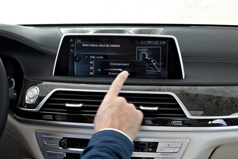 The BMW 7 Series intuitive entertainment system