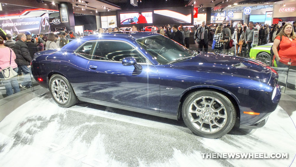 Photos Dodge Challenger Gt Shines Bright At 2017 Naias