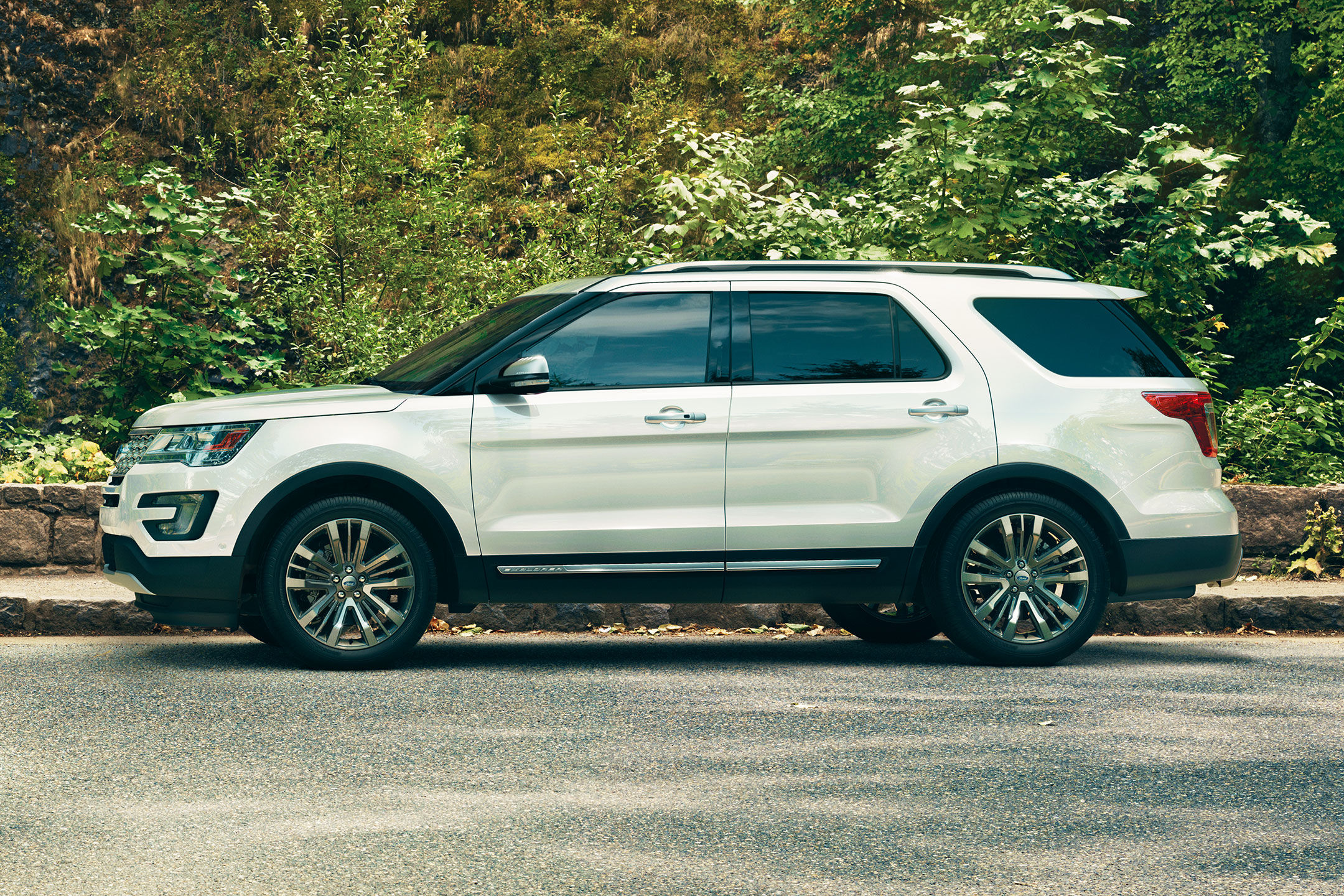 Ford Explorer On Rims >> 2017 Ford Explorer Overview | The News Wheel
