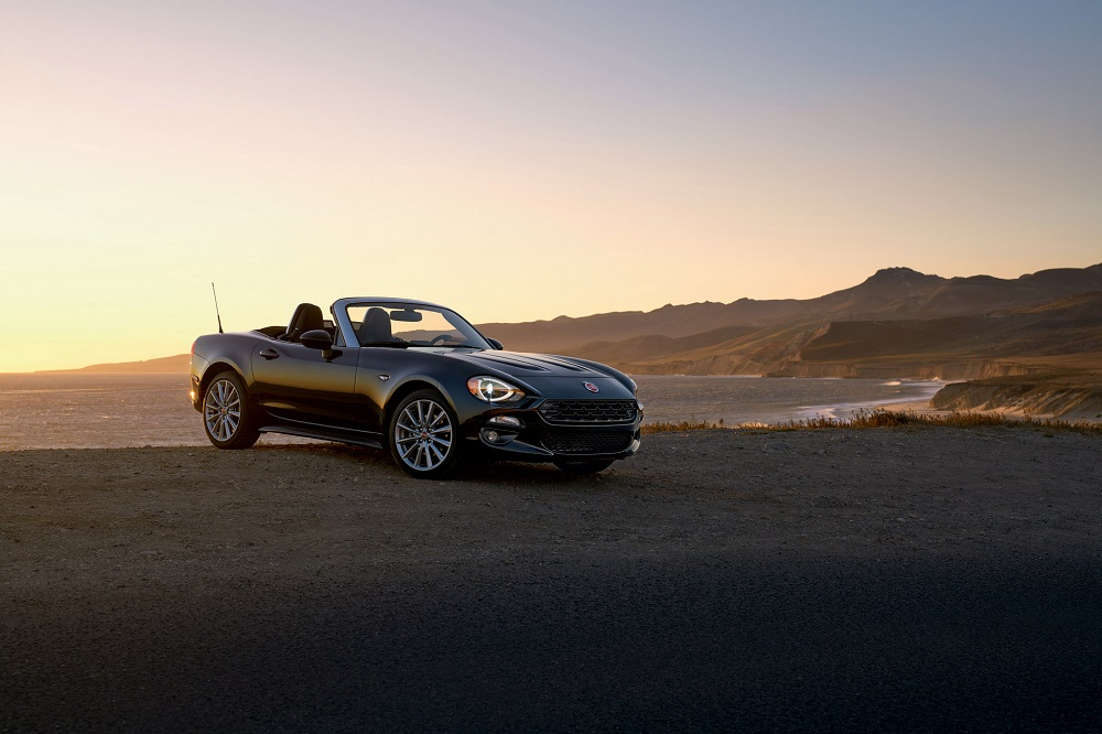 9 likewise Location Voitures Fuerteventura as well Fiat 124 Spider Vs Mazda Mx 5 Pictures as well Abarth 595 Pista And 124 Spider Scorpione Pictures likewise Fiat Dino Spider 1966 69 Wallpapers 5451. on fiat spider 124