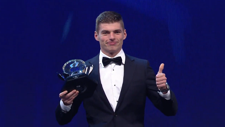 Max Verstappen accepts award