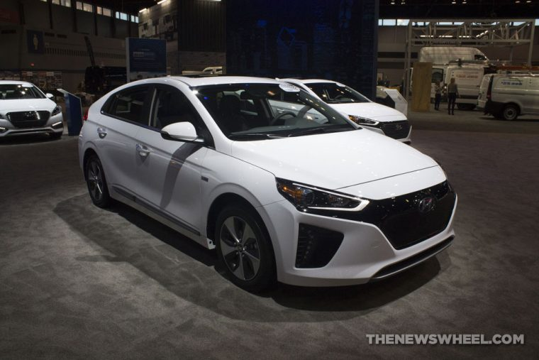 2017 Hyundai Ioniq hybrid electric car EV white Chicago Auto Show