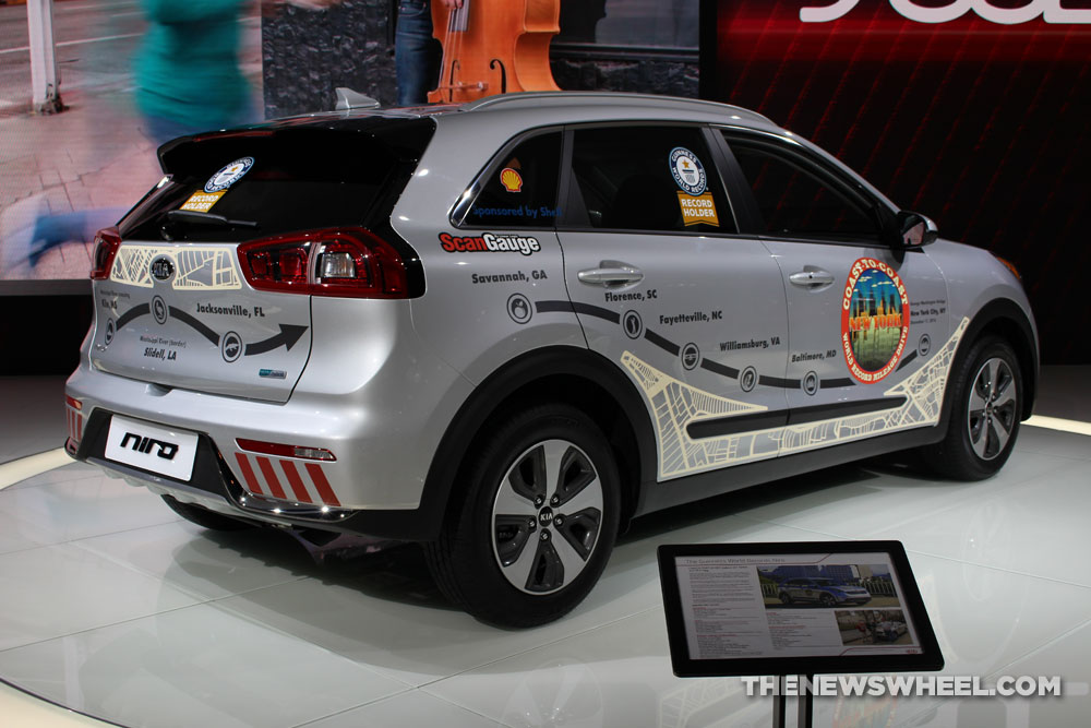 2017 Chicago Auto Show Photo Gallery See The Cars Kia Had