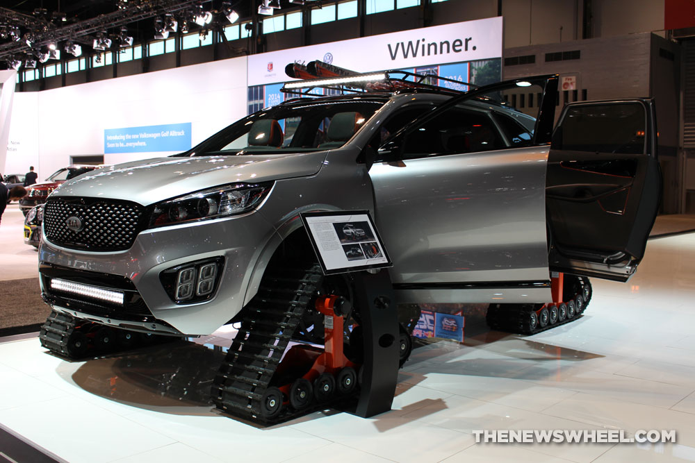 2017 Kia Sorento Ski Gondola gray SUV on display Chicago Auto Show