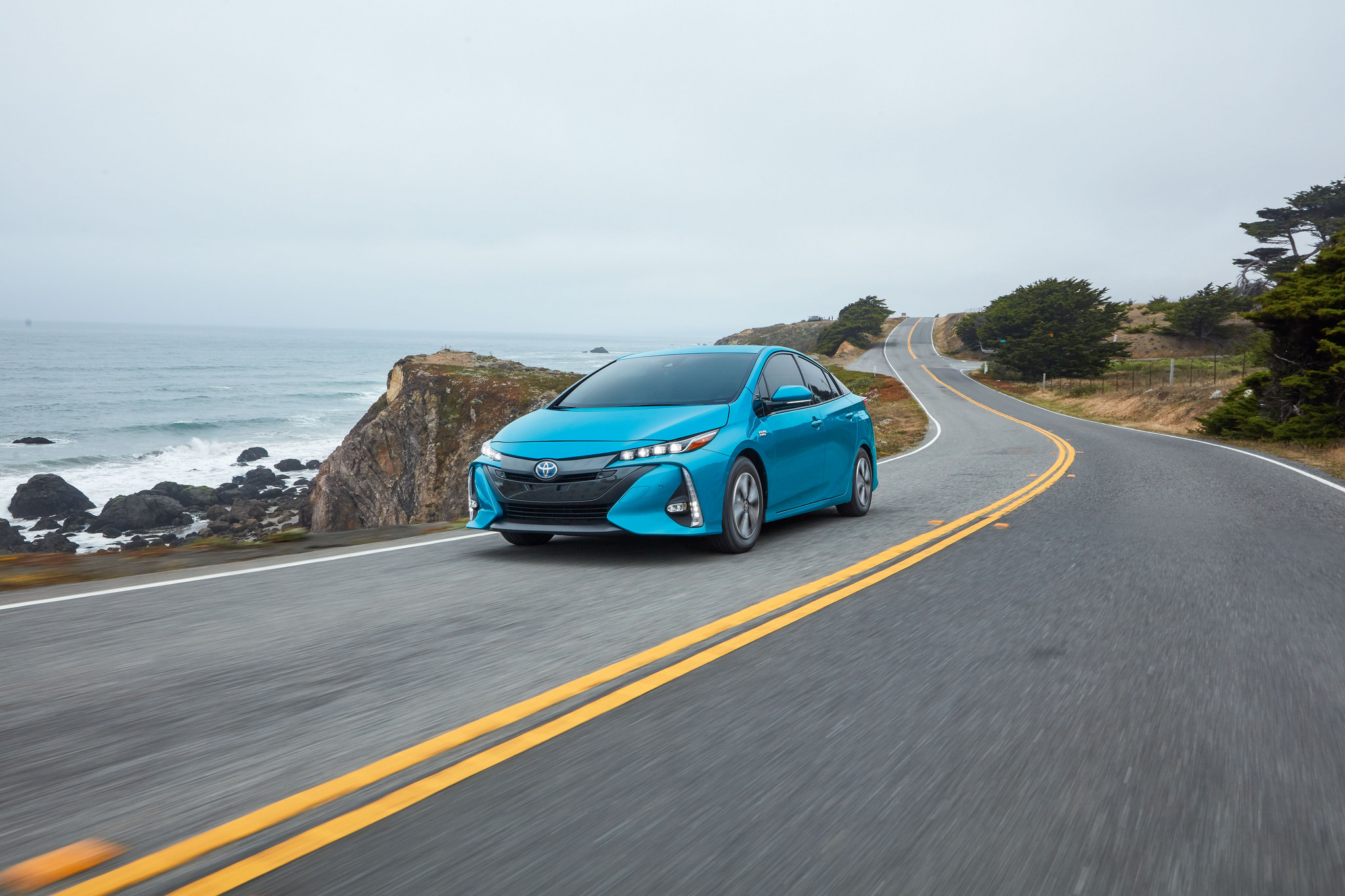 an overview of the toyota prius Explore 2018 toyota prius hybrid and discover design, technology features, improved fuel efficiency and more.