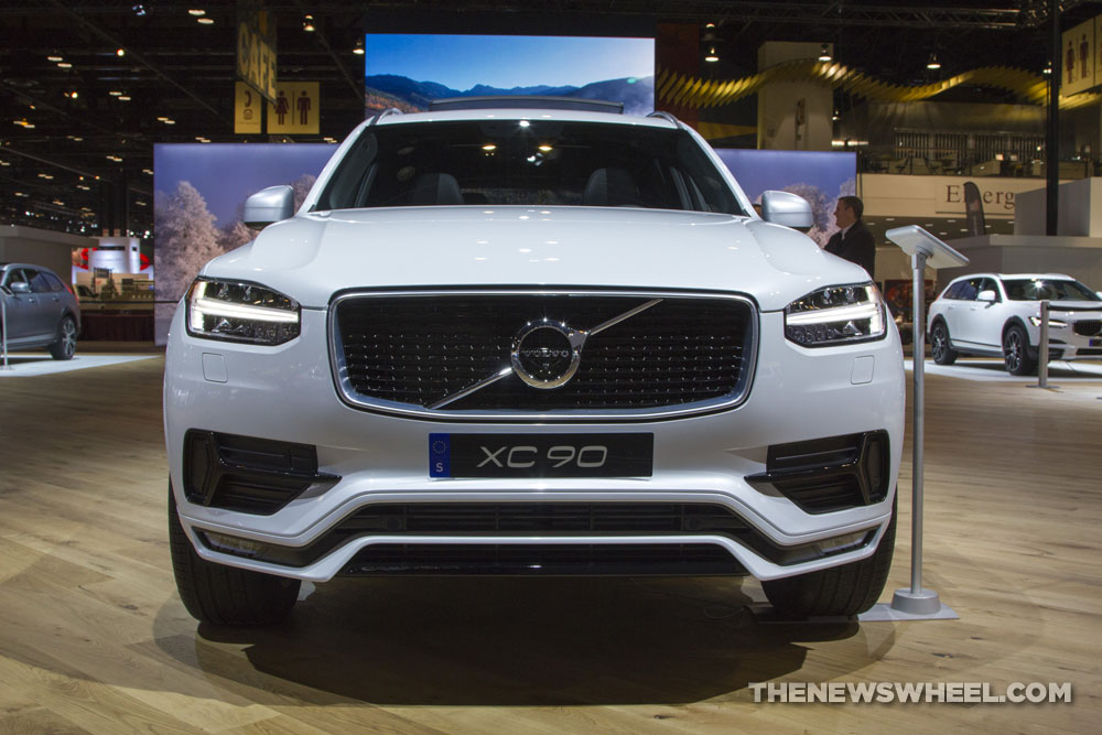 2017 Volvo Xc90 White Suv On Display Chicago Auto Show 1