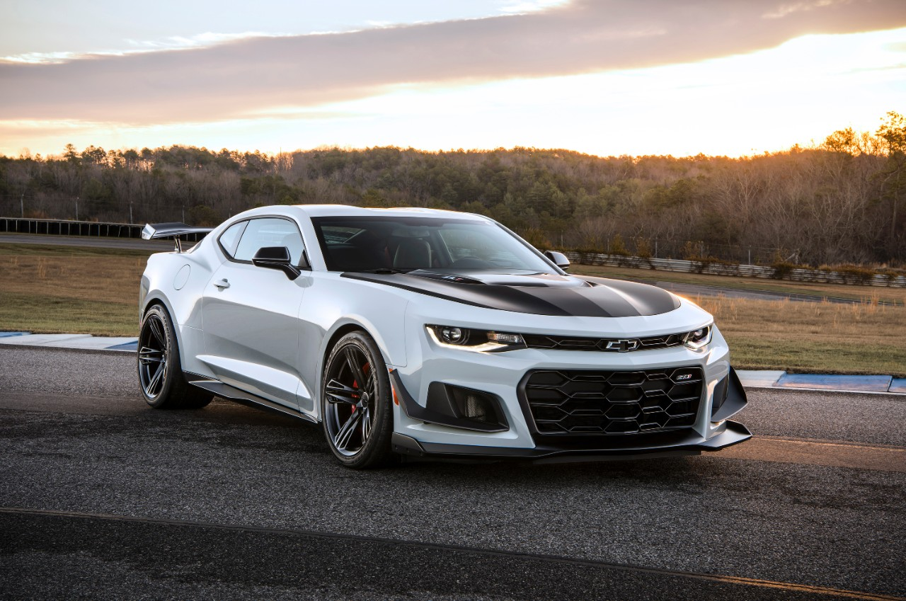 Track-Ready 2018 Camaro ZL1 1LE Debuts at Daytona Speedway | The News ...
