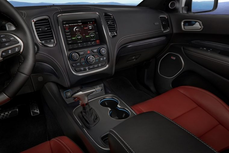The cabin of the 2018 Dodge Durango SRT