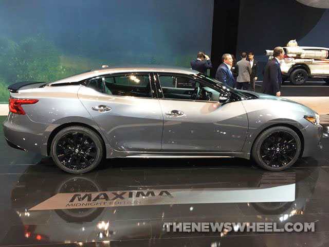 nissan maxima midnight edition 2 the news wheel. Black Bedroom Furniture Sets. Home Design Ideas