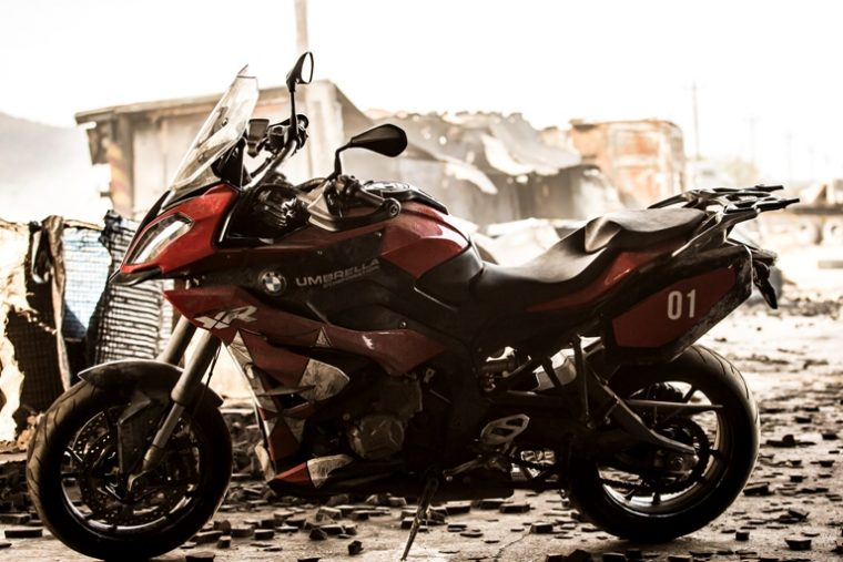 "the bmw s 1000 xr is the real star of ""resident evil: the final"