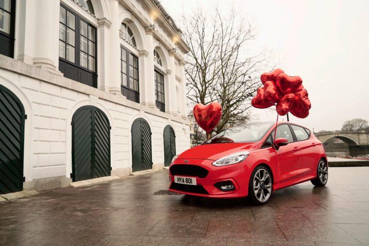 Ford Fiesta Valentine's balloons