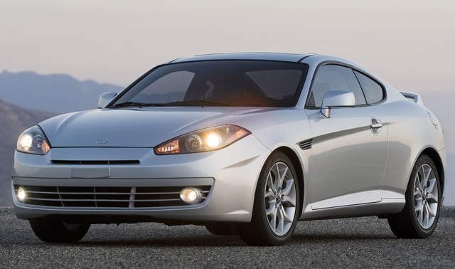 2008 Hyundai Tiburon sports car retired