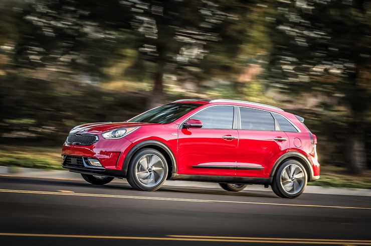 2017 kia niro overview the news wheel. Black Bedroom Furniture Sets. Home Design Ideas