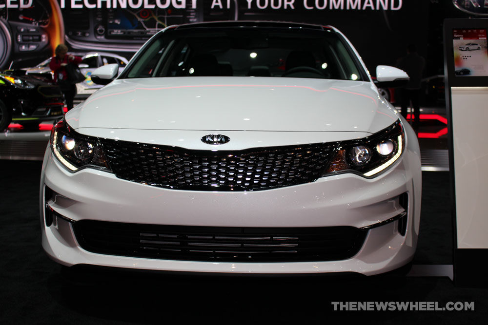 2017 kia optima overview the news wheel. Black Bedroom Furniture Sets. Home Design Ideas