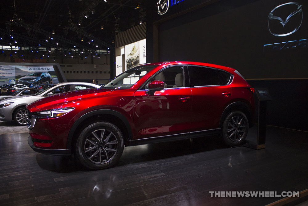 2017 mazda cx 5 at the chicago auto show the news wheel. Black Bedroom Furniture Sets. Home Design Ideas
