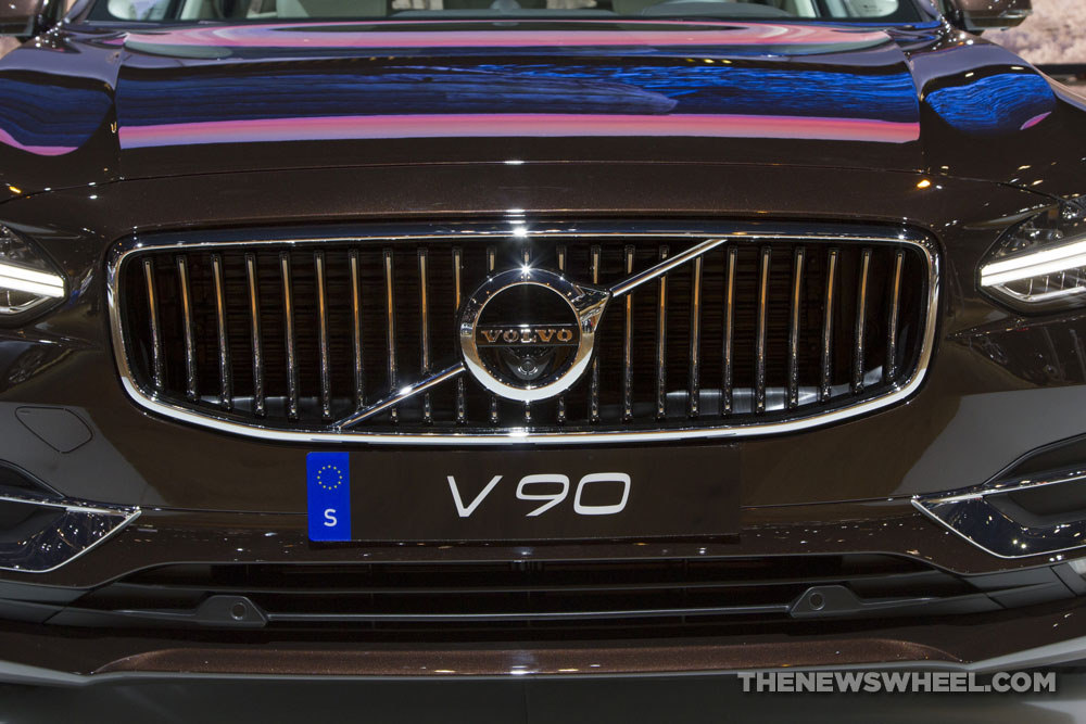 2018 Volvo V90 Wagon Front Grille The News Wheel