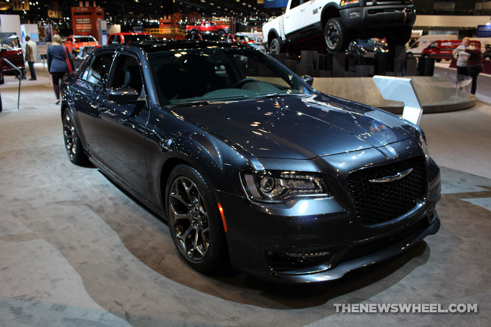 the 2017 chrysler 300s hood the news wheel. Black Bedroom Furniture Sets. Home Design Ideas