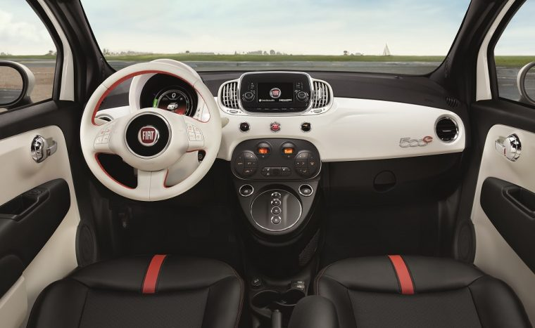 2017 Fiat 500e Interior