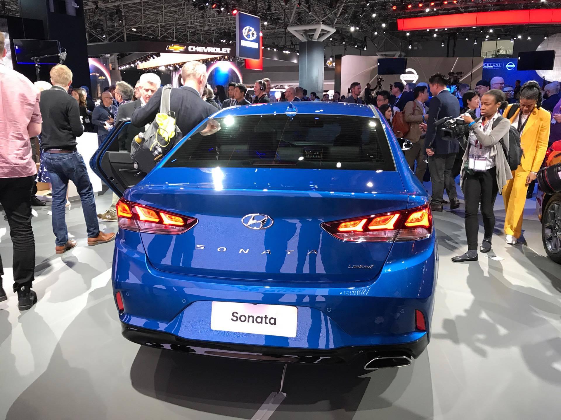 2018 hyundai new car. plain car 2018 hyundai sonata sedan car reveal at 2017 new york international auto  show model redesign presentation limited trim trunk  the news wheel in hyundai new
